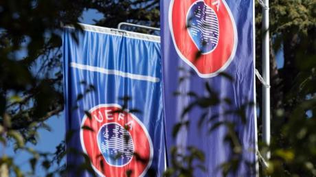 Aufgrund der Corona-Beschränkungen wurden mehrere Europapokal-Partien verlegt.