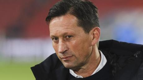 PSV-Trainer Roger Schmidt war nach der Niederlage genervt.