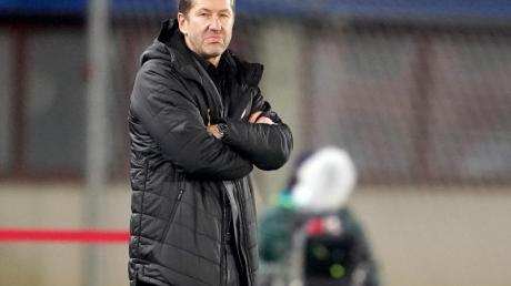 Kann auf 19 Bundesliga-Legionäre in der WM-Qualifikation zählen: Österreichs Trainer Franco Foda.