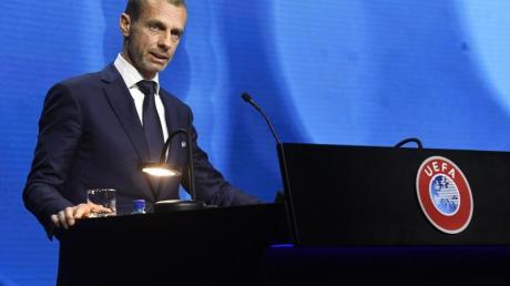 UEFA-Präsident Aleksander Ceferin würde die abtrünnigen Clubs und deren Spieler am liebsten sofort aus allen Wettbewerben verbannen.