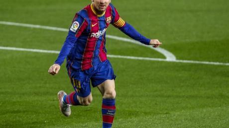 Wechselt Barcelonas Superstar Lionel Messi, oder bleibt er?.