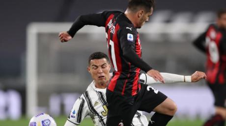 Kassierte mit Juventus eine deftige Heimpleite gegen den AC Mailand: Cristiano Ronaldo (l).