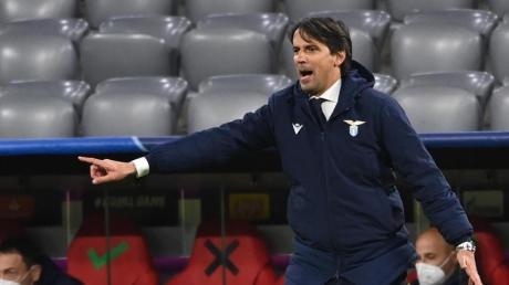 Simone Inzaghi ist der Trainer von Inter Mailand, dem aktuellen Titelverteidiger in der Serie A. Alle Details zur Übertragung der Saison 21/22 in Deutschland gibt es hier.