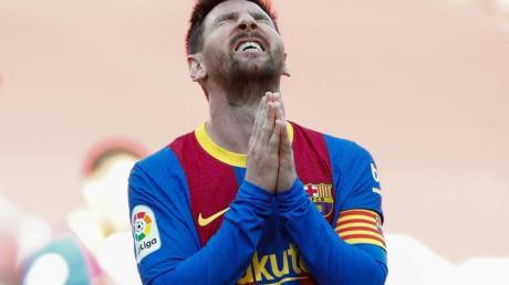 Trägt Lionel Messi weiter das Trikot vom FC Barcelona?.