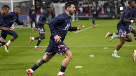 hat sich im Spiel gegen Olympique Lyon eine Blessur im linken Knie zugezogen: Lionel Messi (M).