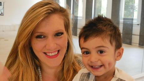 Katharina Raab mit ihrem Sohn, der ein echtes DSDS-Kind ist: Ihren Partner und Vater des gemeinsamen Sohnes lernte Katharina Raab bei ihrer ersten Bewerbung 2010 kennen. Nun hat sie erneut versucht, Superstar zu werden.