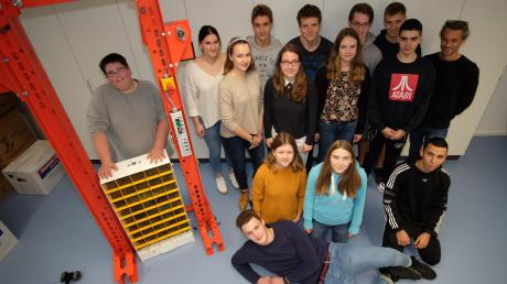 Ein System für smarte Begrünung von Gebäudefassaden haben 15 Schüler des Nikolaus-Kopernikus-Gymnasiums in Weißenhorn erfunden.