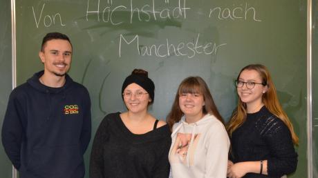 Die Berufsschüler Lukas Leger, Luca Loren Feistle, Maria Schöfer und Marina Wiedemann nehmen viele Erfahrungen aus England mit.