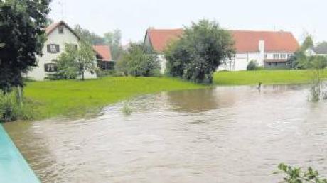 Ganz schön viel Wasser: An der Günzbrücke im August 2010.