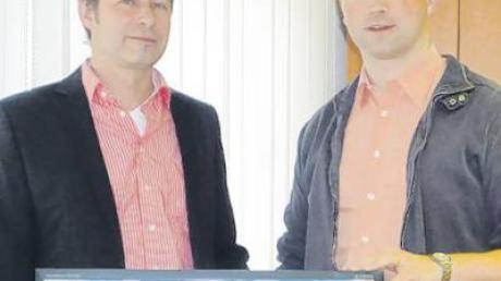 Oliver Wiemer (Audiovisuelle Medien, links) und Matthias Kiermasz (Systemadministrator) sind verantwortlich für den Internetauftritt der Gemeinde Kammeltal.