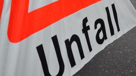 Nicht aufgepasst hat ein 32-jähriger Sattelzugfahrer am Freitag in Aretsried.