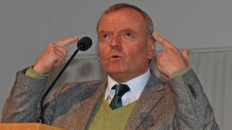 Hirnforscher Manfred Spitzer sprach bei den Freien Wählern in Ulm.