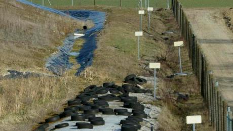 Im Kreistag wurde betont, dass sich der Landkreis in Sachen Mülldeponie in Burgau immer an die Vorgaben gehalten hat.
