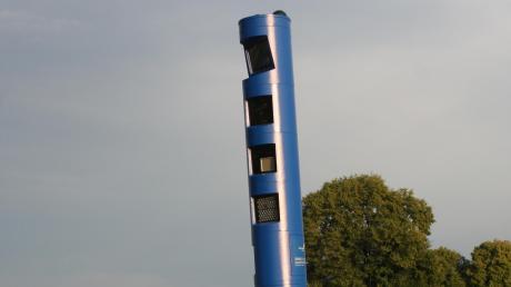 Diese Kontrollsäule an der B16 zwischen Wattenweiler und Ellzee überwacht den mautpflichtigen Verkehr.