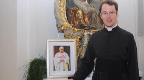 Michael Kinzl übernahm im September dieses Jahres nach dem Tod seines Vorgängers Karl Fritz die Pfarreiengemeinschaft Neuburg. An Weihnachten ist er 100 Tage im Dienst.