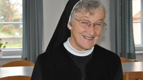 Eine wichtige Stütze ist die aus dem Kloster Maria Stern/Augsburg stammende Franziskanerin Schwester Marlene in der Pfarreiengemeinschaft Breitenthal.