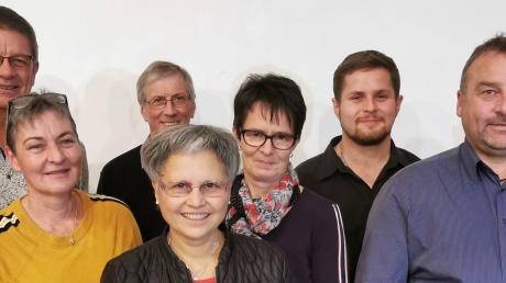 Der neu gewählte Vorstand: (von links) Karin Jäckle (Beisitzerin), Franz Jäckle (Vorsitzender), Gudrun Feistle (Beisitzerin), Hans Anwander (Kassenprüfer), Margarita Beßler (2. Vorsitzende), Brigitte Schiefele (Beisitzerin), Thomas Greiner (Beisitzer), Reiner Eisele (Kassierer), Matthias Kempter (Kassenprüfer) und Erna Winter (Schriftführerin).