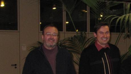 EinBild aus früheren Zeiten. Bürgermeister Hubert Fischer (rechts)und der damals noch SPD-Fraktionsvorsitzende Christoph Helmes im Krumbacher Rathaus. Das Bild entstand im Januar 2010 nach einer Klausurtagung im Krumbad.