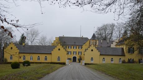 Wird Schloss Seyfriedsberg künftig ein russisch-orthodoxes Kloster beherbergen? Die Kirche sucht für ein nahe der Blutenburg im Münchner Stadtteil Obermenzing bestehendes Kloster Ersatz.