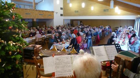 Die Weihnachtsfeier ist der Höhepunkt der Veranstaltungen bei den Günztal-Senioren.