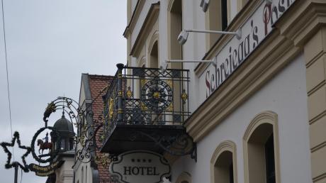 Topadresse in Thannhausens Innenstadt. Seit dem die bisherige Betreiberfamilie Nicke angekündigt hat, den Pachtvertrag nicht zu verlängern, wird intensiv nach einem neuen Pächter für das Restaurant und Hotel in der Bahnhofstraße gesucht.