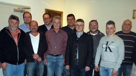 Das Bild zeigt die Kandidaten der CSU-Liste aus Neuburg/Kammel (von links) mit Listenplatz: Bernhard Sonner (4), Otto Bader (1), Karl Müller jun. (5), Otmar Hösle (3), Johannes Huber (11), Willi Botzenhart (2), Klaus Jekle (10), Dopfer Markus (Bürgermeister-Kandidat), Helmut Komm (6), Dominik Doll (12), Hubert Gaa (8), Dr. Marion Schnarrenberger (7). Auf dem Bild fehlt: Thomas Stegmann (9).