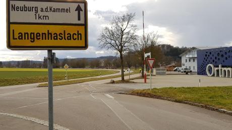 Das bauliche Zusammenrücken der beiden Orte Neuburg und Langenhaslach lehnen die Planer des Regionalverbandes ab.