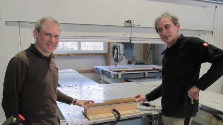 Die Brüder Anton (links) und Franz Ley sind Inhaber und Geschäftsführer der gleichnamigen Schreinerei.