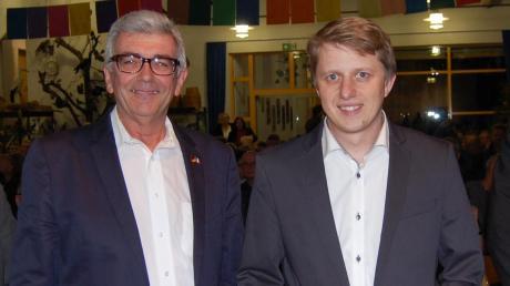 In Thannhausen kommt es zur Bürgermeister-Stichwahl zwischen Alois Held (CSU, rechts) und Peter Schoblocher (FW). Held hatte im ersten Wahldurchgang deutlich die Nase vorn.