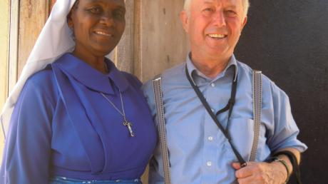 Schwester Emma Kolombe und Alois Held in Malawi.