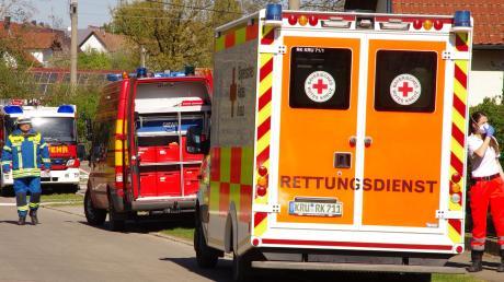 Rund 95 Einsatzkräfte waren bei dem Brand in Balzhausen vor Ort.