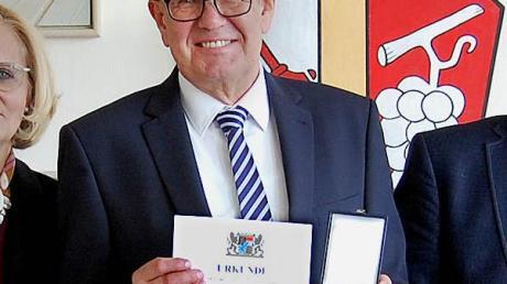 Für kommunales Engagement hatte Georg Schmid bereits im Oktober 2019 die kommunale Verdienst-Medaille erhalten.