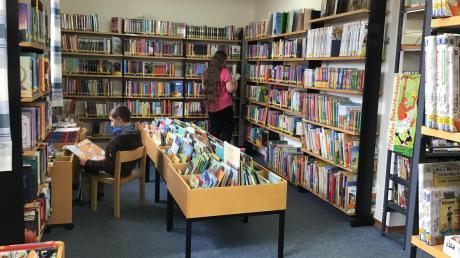 Seit dem gestrigen Sonntag ist die Ziemetshauser Bücherei wieder geöffnet, vorher kann man sich schon über das Angebot oder die Verfügbarkeit einzelner Medien über die Homepage der Bücherei informieren.