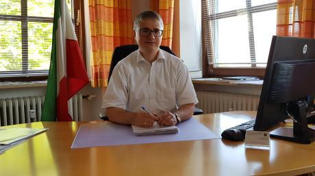 Bürgermeister Markus Dopfer spricht über seine ersten Erfahrungen im neuen Amt.