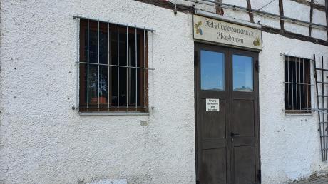 Hinter den Toren beim Anwesen Seifertshofer Straße 5 in Ebershausen verbirgt sich eine hochmoderne Anlage, mit der Saft aus angeliefertem Obst gewonnen wird. Los geht es mit der Mosterei am Samstag, 5. September. Das eigene Obst wird zum eigenen Saft gepresst