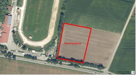 Auf diesem Grundstück, östlich vom Vereinsgelände Breitenthal, wird der Bauhof der Mitgliedsgemeinden der Verwaltungsgemeinschaft Krumbach errichtet werden. (Archivfoto)