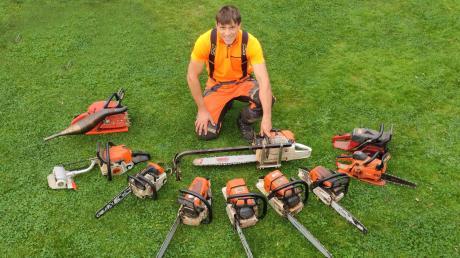 Auf zehn verschiedene Motorsägen kann Matthias Thoma zurückgreifen, um die vielseitige Arbeit eines Forstwirtschaftsmeisters perfekt erledigen zu können.
