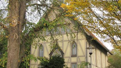 Die Krumbacher Apostelkirche.