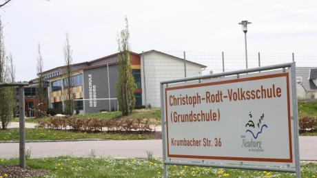Die Digitalisierung an der Christoph-Rodt-Grundschule in Neuburg soll in den nächsten Wochen konkrete Züge annehmen. Rund 46000 Euro an Fördermitteln von Bund und Land stehen hierfür bereit.