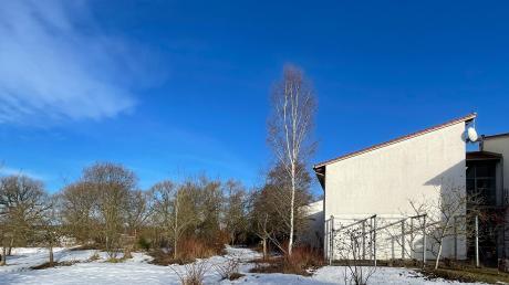 Der neue Kindergarten westlich der Grundschule Deisenhausen ist beschlossene Sache.  Das einstige gemeinsame Kita-Projekt der Mitgliedsgemeinden der VG Krumbach stemmt Deisenhausen nun fast alleine.
