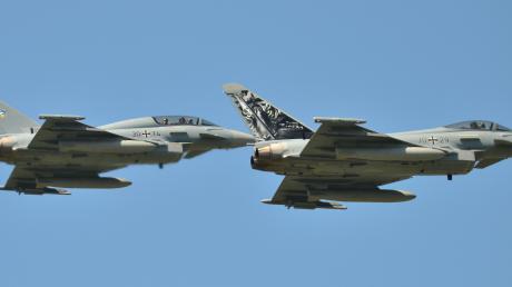 Kampfflugzeuge vom Typ Eurofighter sind oft auch über dem Landkreis Günzburg zu sehen.
