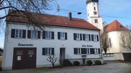 Auch die Alte Schule in Oberwiesenbach soll in diesem Jahr einen Anstrich bekommen.