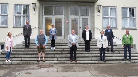Die Stadtratsfraktion der CSU: (von links) Gabriele Tuchel, Gerhard Weiß (erneut zum Zweiten Bürgermeister gewählt, bisheriger Fraktionsvorsitzender), Sebastian Kaida (Junge Union, er hat sich der CSU-Fraktion angeschlossen), Johanna Herold, Karl Liedel (neuer Fraktionsvorsitzender), Ursula Bader, Jochen Schwarzmann, Gerhard Ringler und Dieter Behrends.