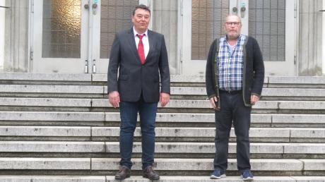 Dem neuen Krumbacher Stadtrat gehören nur noch zwei Vertreter der SPD an: Unser Bild zeigt von links den Fraktionsvorsitzenden Achim Fißl und Peter Tschochohei. Die beiden Stadträte haben eine klare Meinung zur Zukunft des Sportzentrums.