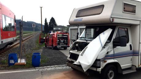 Einen Unfall mit einem Triebwagen der Mittelschwabenbahn gab es am Sonntagnachmittag in Haupeltshofen.