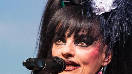 Schillernd: Sängerin Nina Hagen.