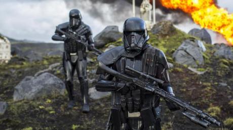 """""""Rogue One: A Star Wars Story"""" läuft heute auf ProSieben. Alle Infos zu TV-Termin, Handlung und Schauspielern sowie einen Trailer finden Sie hier bei uns."""
