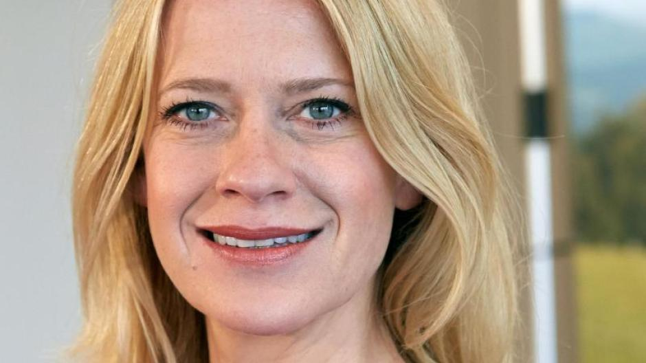 Traumhafte Figur: Caroline Peters wünscht sich Mord mit