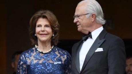 König Carl Gustaf vonSchweden und Königin Silvia vonSchweden gaben sich in Bayreuth die Ehre.