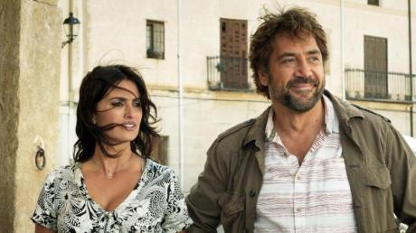 """Penélope Cruz als Laura und Javier Bardem als Paco in einer Szene des Films """"Everybody Knows"""", der das Festival in Cannes eröffnet."""